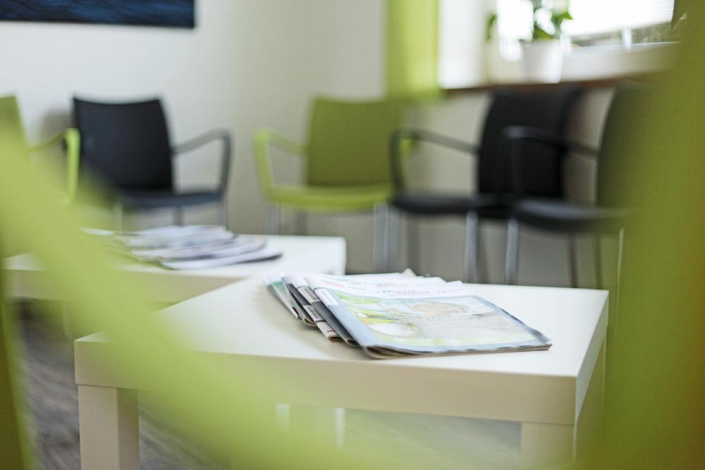 Hausarztpraxis Hovestadt – Wartezimmer